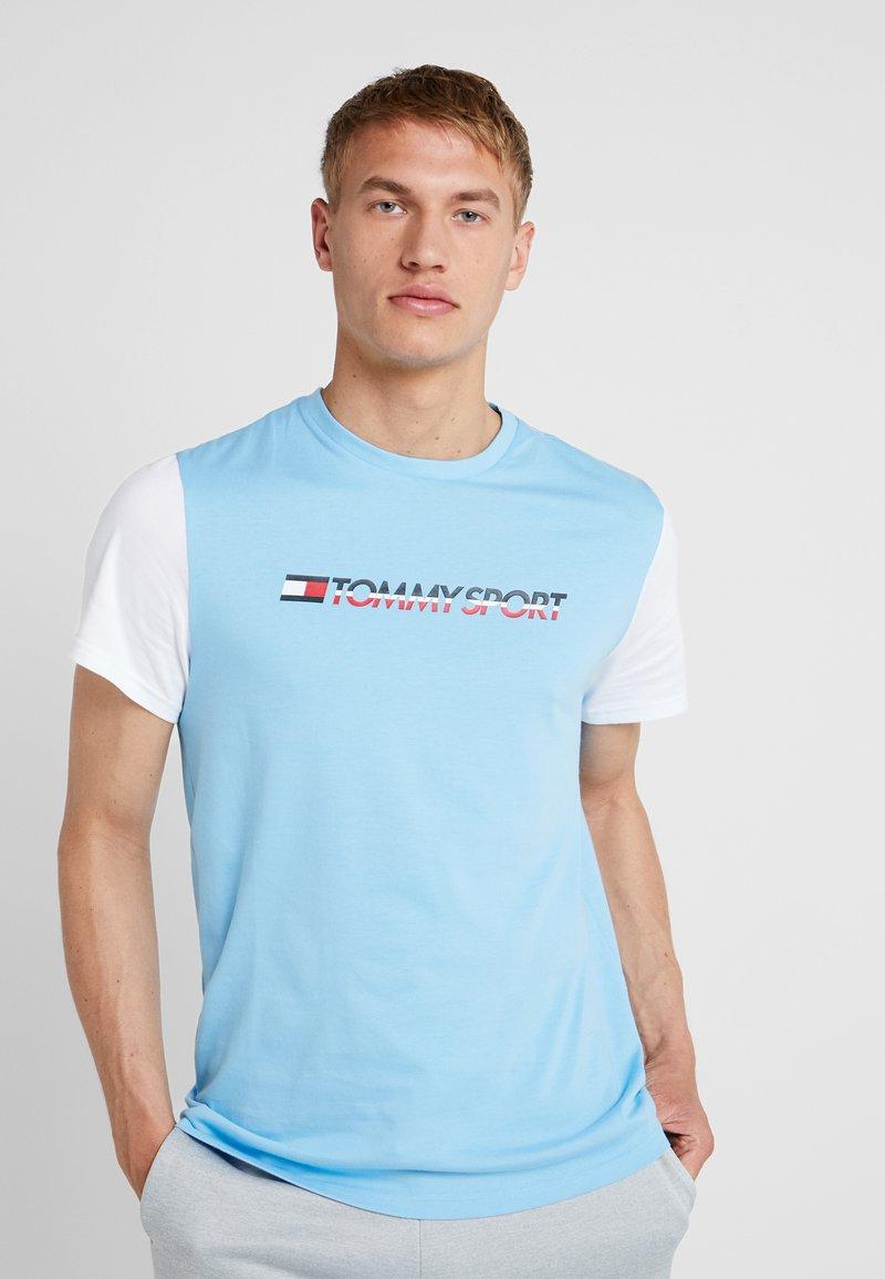 Tommy Sport - CORE COLOURBLOCK LOGO TEE - Camiseta estampada - alaskan blue