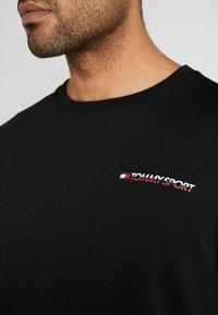 Tommy Sport - LONG SLEEVE TEE - Sports shirt - black - 5