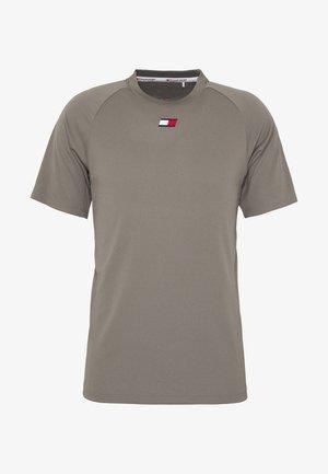 TRAINING CHEST LOGO  - T-shirt print - grey