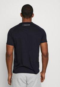 Tommy Sport - CHEST LOGO - T-shirt basic - blue - 2