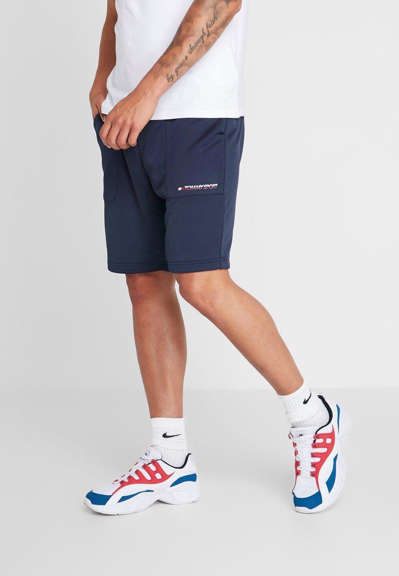 Tommy Sport - GRAPHICS SHORTS - Sports shorts - sport navy