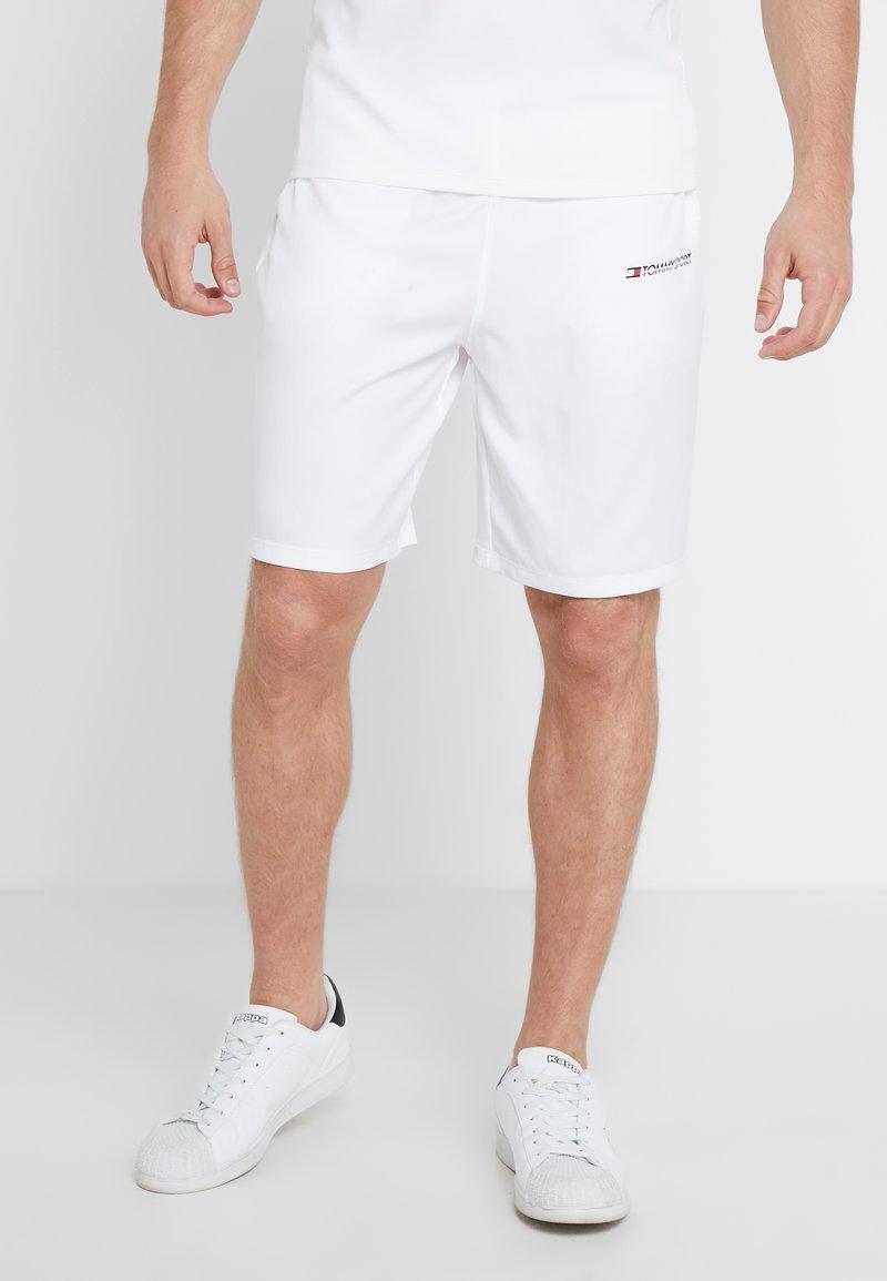 Tommy Sport - CORE SHORT  - Pantalón corto de deporte - white