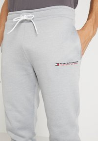 Tommy Sport - JOGGER LOGO - Trainingsbroek - grey - 4