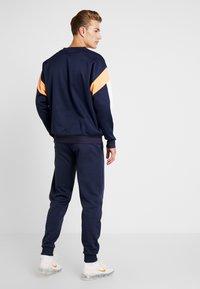 Tommy Sport - JOGGER LOGO - Teplákové kalhoty - sport navy - 2