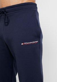 Tommy Sport - JOGGER LOGO - Teplákové kalhoty - sport navy - 3