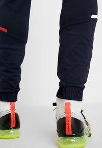 Tommy Sport - TRAINING PANT - Teplákové kalhoty - sky captain - 3