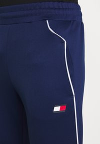 Tommy Sport - CUFFED TRAINING PANT - Trainingsbroek - blue - 4