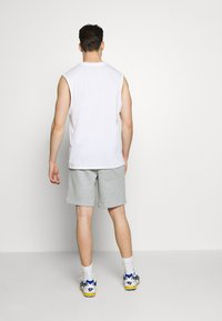Tommy Sport - TAPE SHORT - Sports shorts - grey - 2