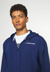 Tommy Sport - LOGO - Veste coupe-vent - blue - 3