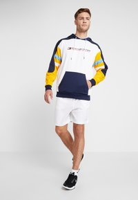 Tommy Sport - RETRO BLOCK HOODY LOGO - Sweat à capuche - gold fusion - 1