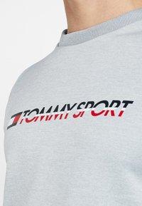 Tommy Sport - TAPE CREW LOGO - Sweatshirt - grey heather - 5
