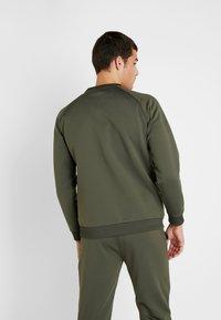 Tommy Sport - LOGO CREW NECK - Sweatshirt - green - 2