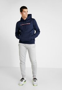 Tommy Sport - LOGO HOODY - Jersey con capucha - blue - 1