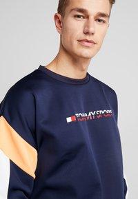 Tommy Sport - BLOCK CREW - Sweatshirt - sport navy - 3