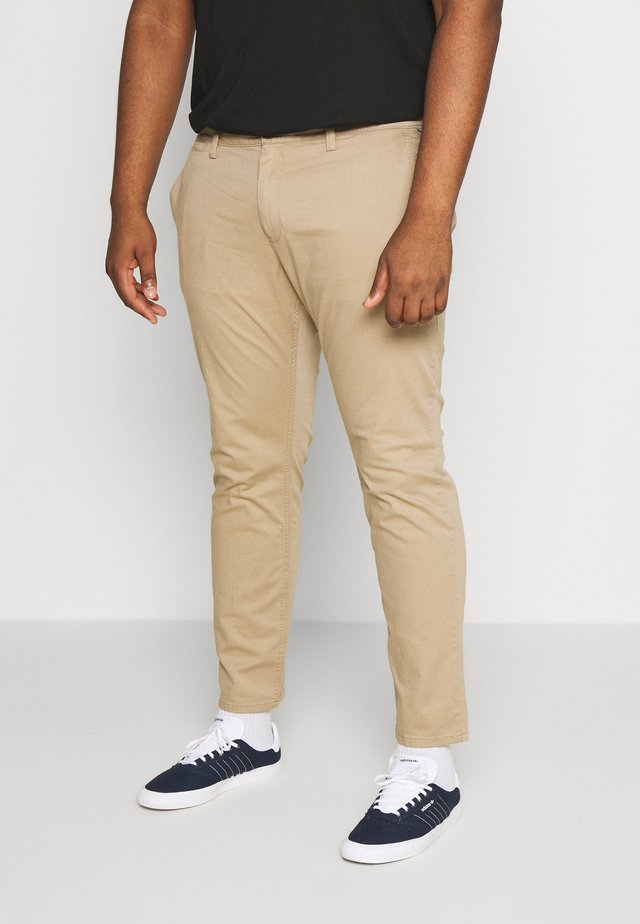 WASHED STRUCTURE CHINO - Tygbyxor - beige