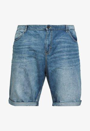 JEANSHOSEN JOSH REGULAR SLIM DENIM SHORTS - Short en jean - light stone wash denim
