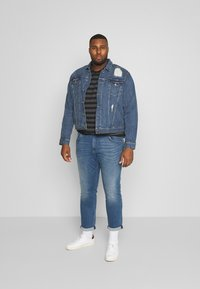 TOM TAILOR MEN PLUS - Slim fit jeans - light stone - 1
