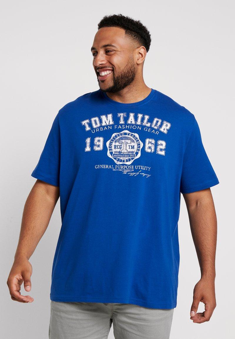 TOM TAILOR MEN PLUS - LOGO TEE - T-shirt imprimé - hockey blue