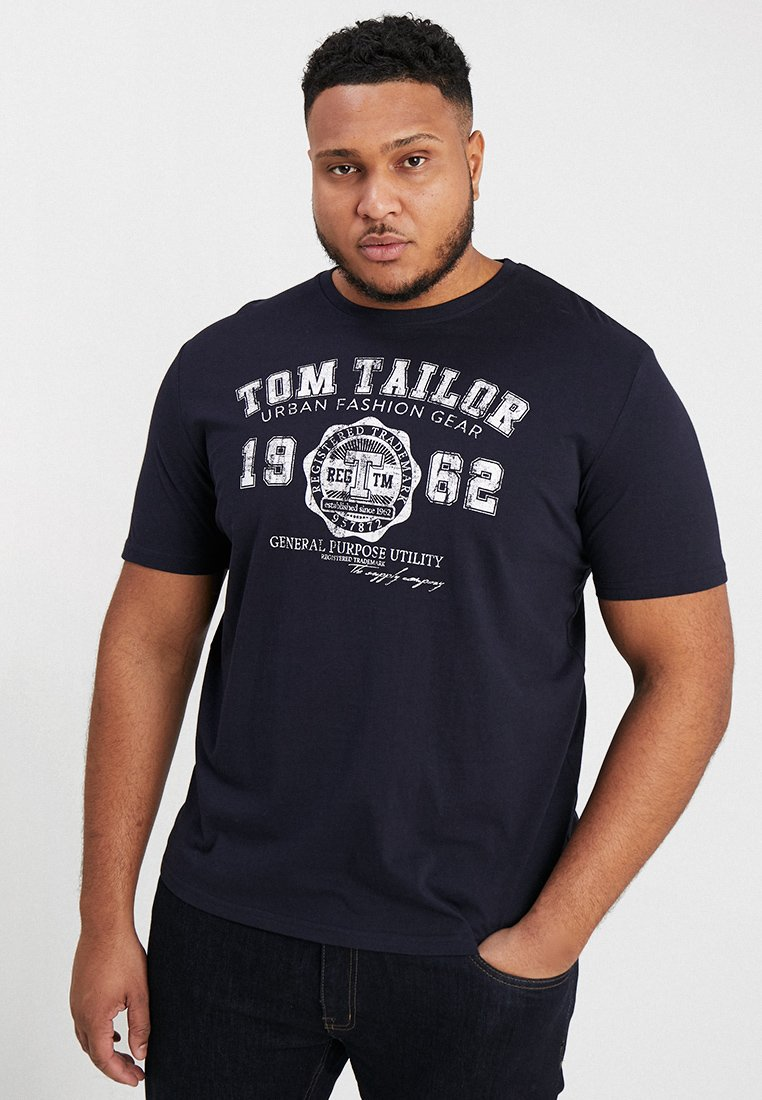 TOM TAILOR MEN PLUS - LOGO TEE - Triko s potiskem - navy