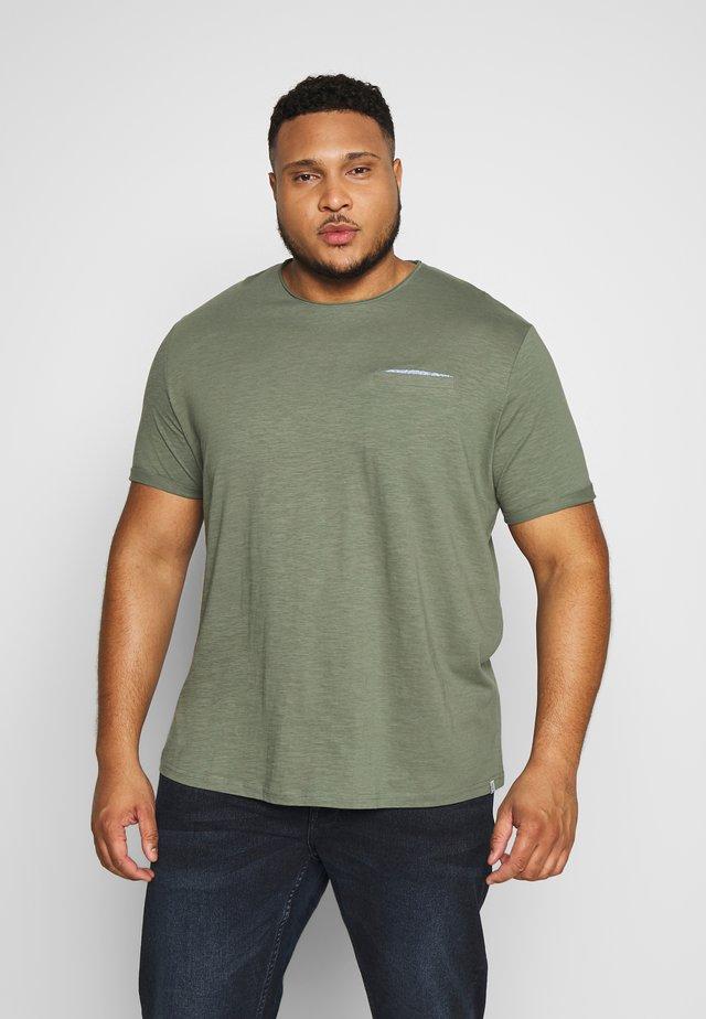 SLUB WITH POCKET - T-shirt - bas - pale bark green