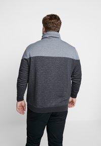 TOM TAILOR MEN PLUS - CUTLINE SNOOD - Sweater - pearl grey - 2