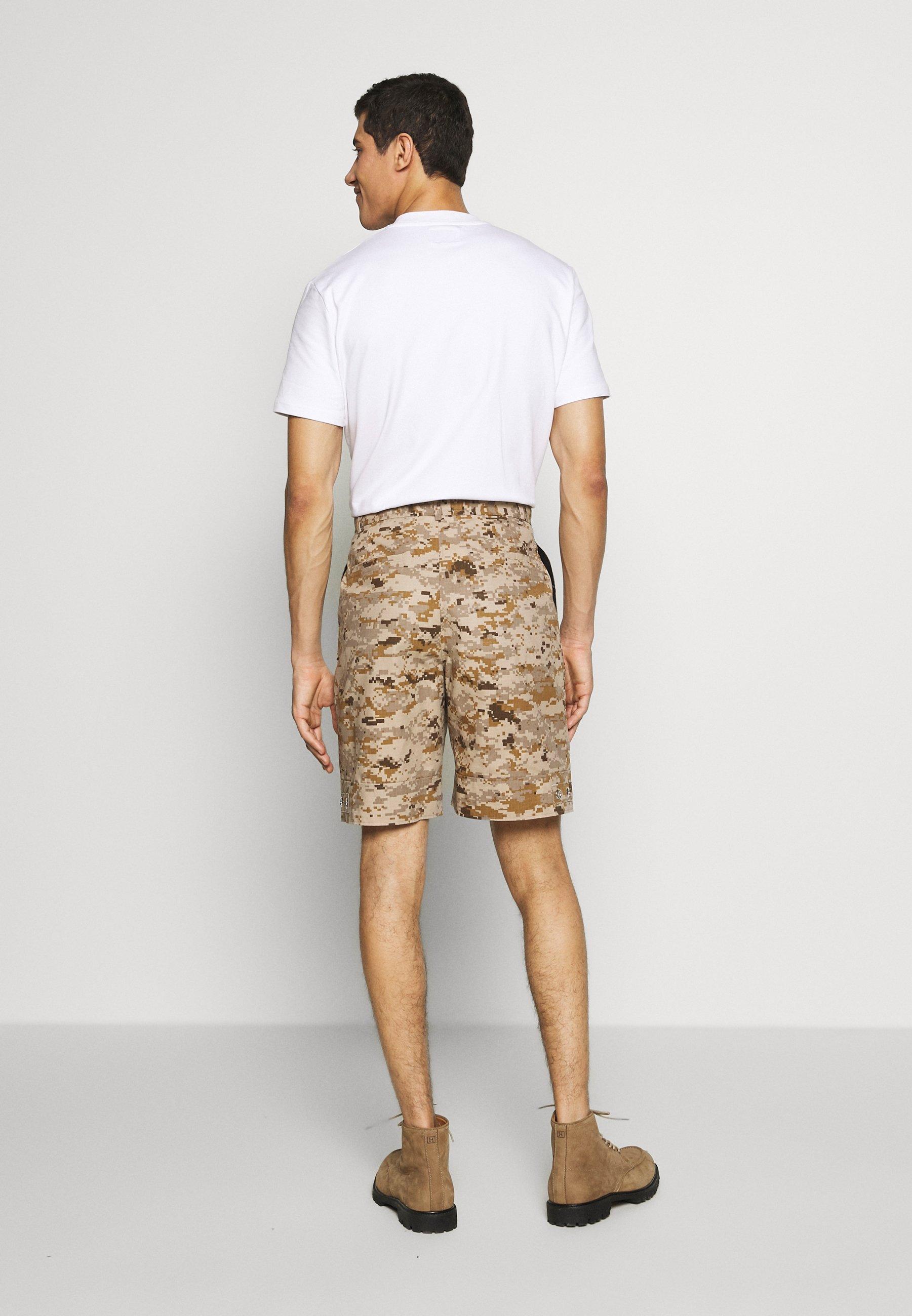 Tonsure Stanley - Shorts Desert Camo
