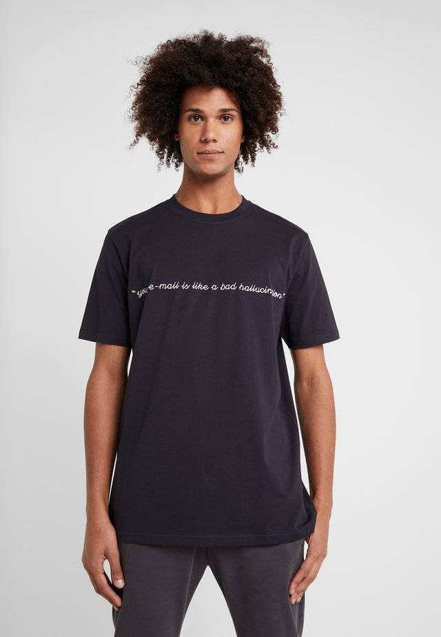 BAD HALLUCINATION - T-shirt med print - navy