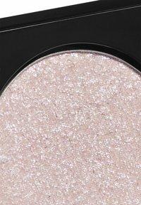 Topshop Beauty - METALLIC EYESHADOW - Eye shadow - IPK bobble - 2