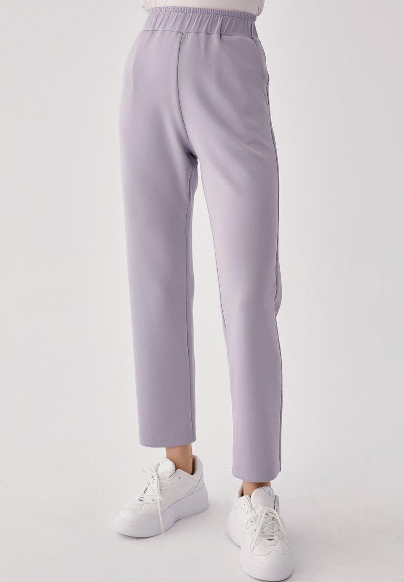 Touché Privé - Trousers - gray