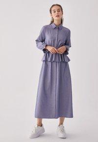 Touché Privé - FLYWHEEL  - Shirt dress - blue - 3