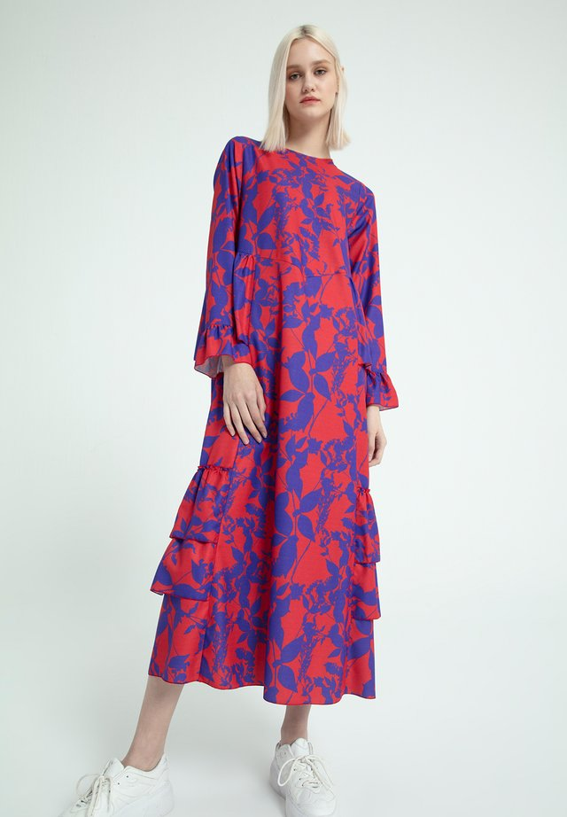 SHIRRED FLOWER PATTERNED - Maxi-jurk - red