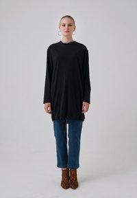 Touché Privé - Long sleeved top - black - 1