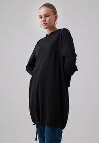 Touché Privé - Long sleeved top - black - 0