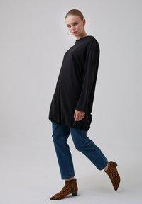 Touché Privé - Long sleeved top - black - 4