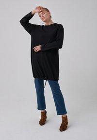 Touché Privé - Long sleeved top - black - 3