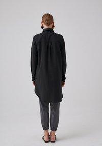 Touché Privé - Button-down blouse - black - 2