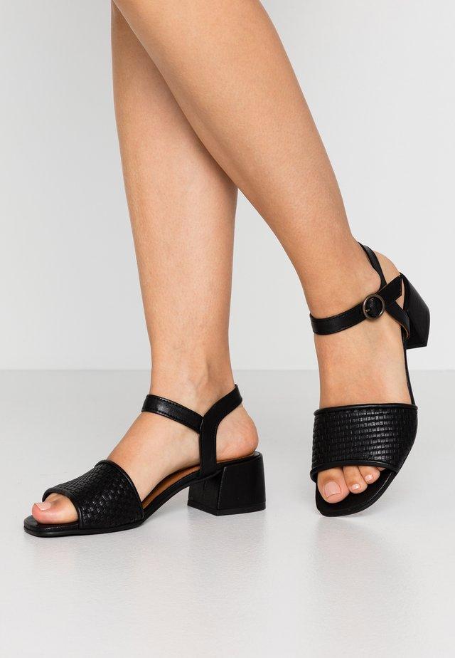 MIU - Sandaalit nilkkaremmillä - black