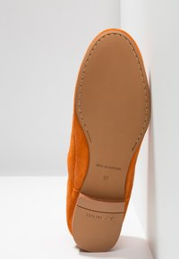 Ten Points - NEW TOULOUSE - Loafers - orange - 6