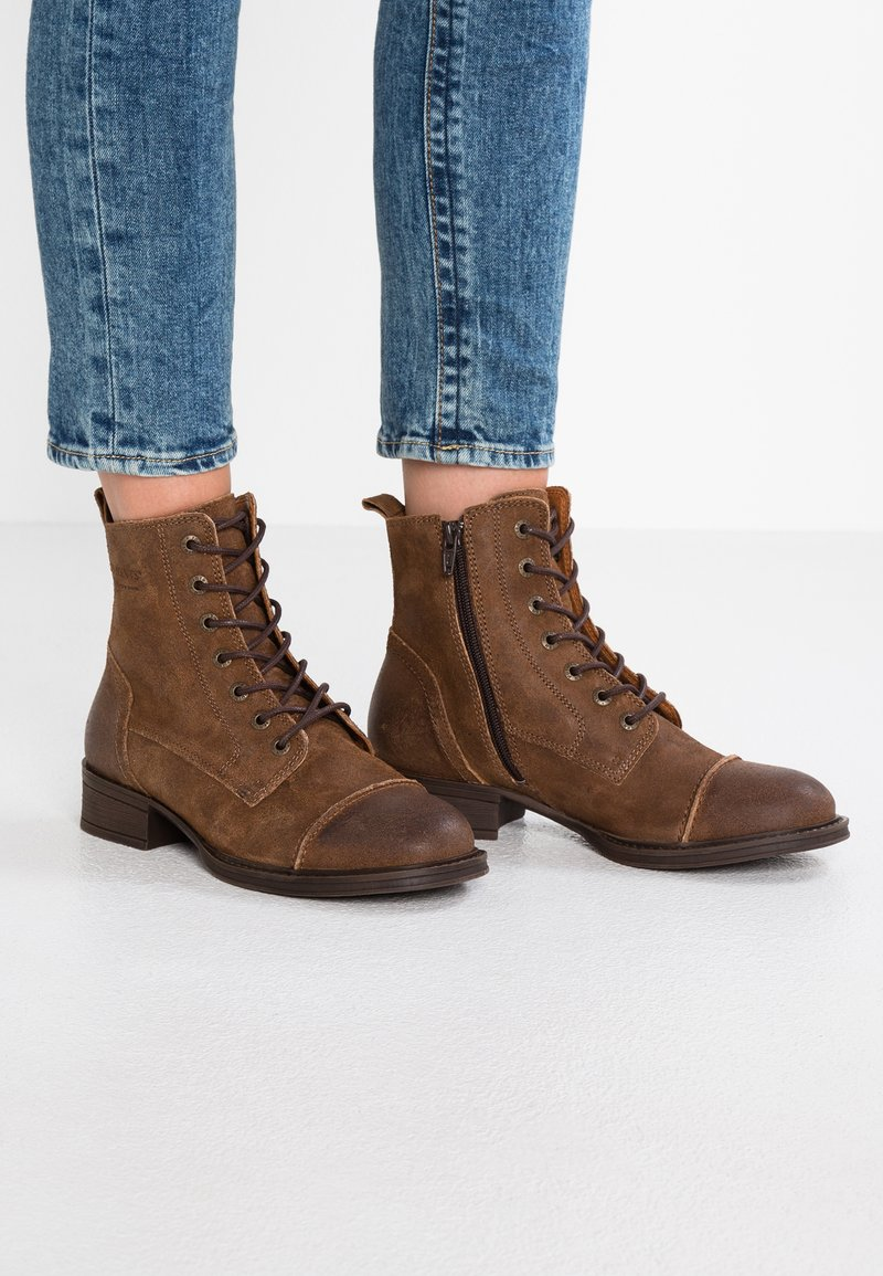 Ten Points - Lace-up ankle boots - tabacco