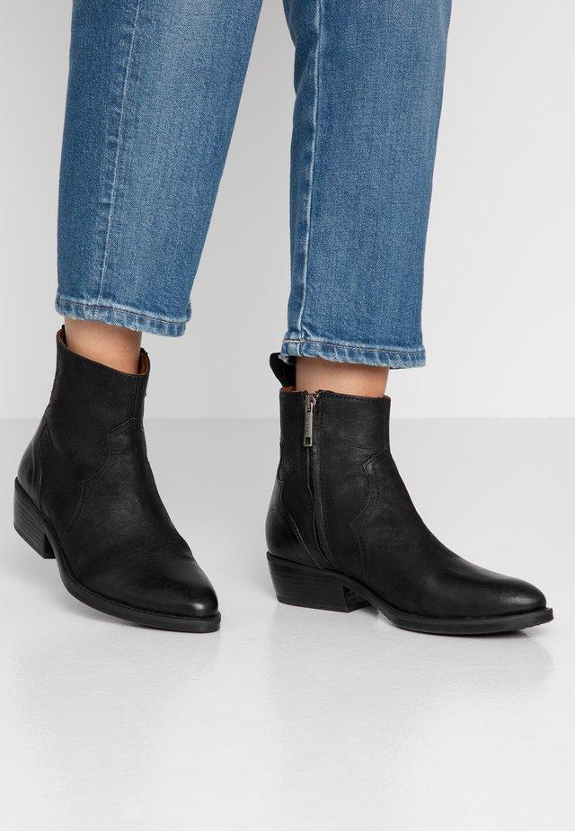 JESSIE - Cowboy/biker ankle boot - black
