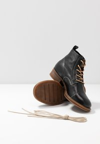 Ten Points - Ankle Boot - black - 7