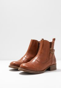 Ten Points - Classic ankle boots - cognac - 4
