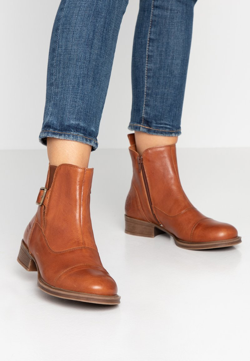 Ten Points - Classic ankle boots - cognac