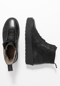 Ten Points - JOHANNA  - Platform ankle boots - black - 3