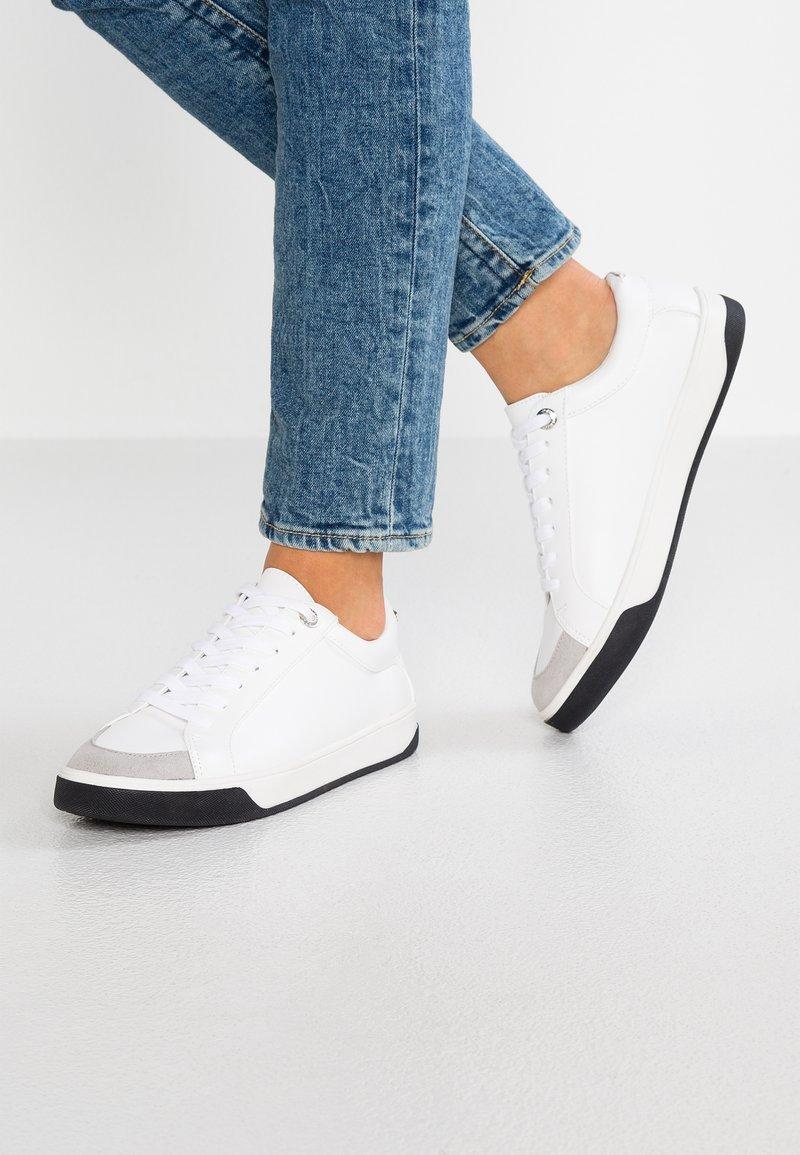 Topshop - CHILLI - Sneakers - white