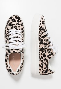 Topshop - CANDY LACE UP TRAINER - Tenisky - nude - 3