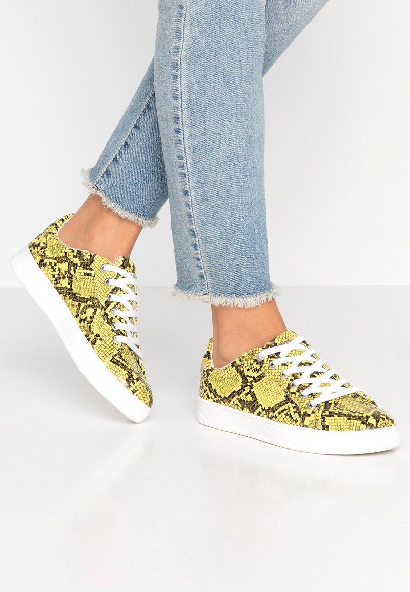 Topshop - COLA  - Sneakers - yellow