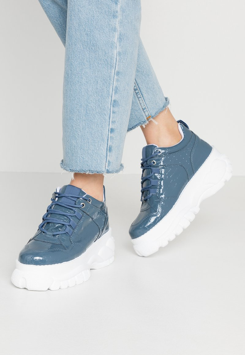 Topshop - CAIRO CHUNKY  - Sneaker low - blue