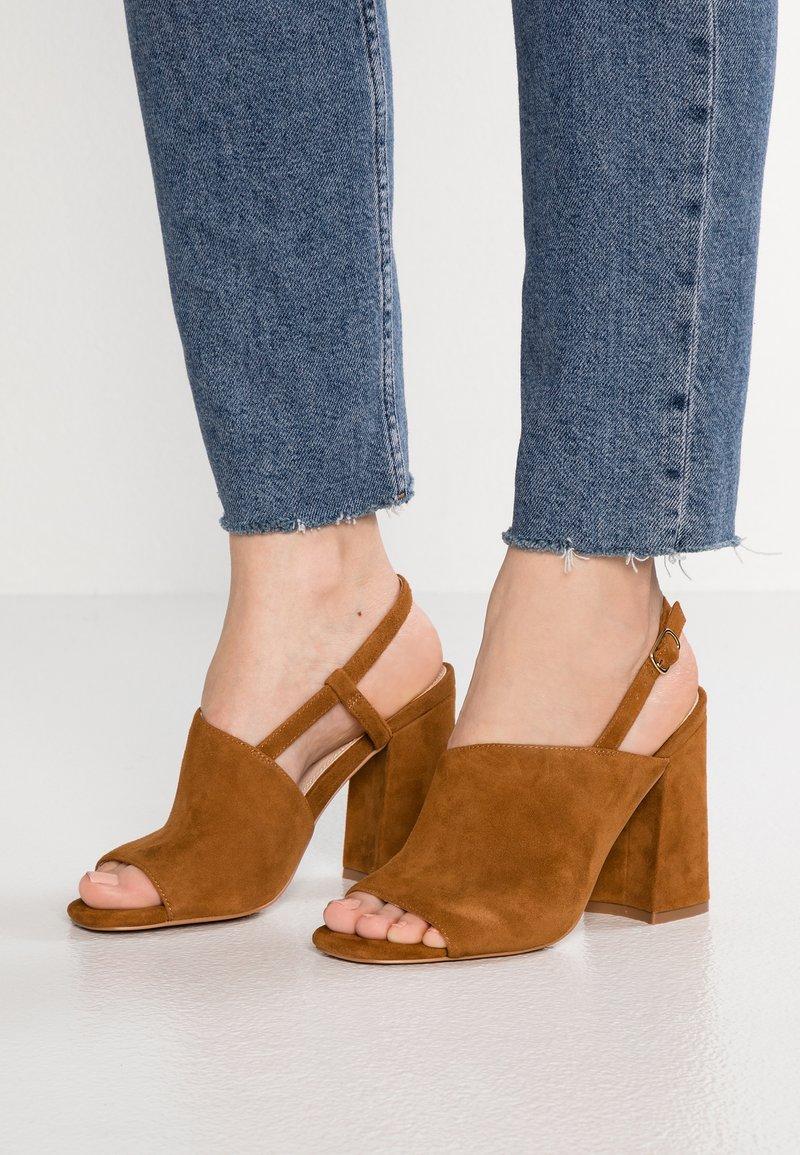 Topshop - RASHIDA PEEP BLOCK - High heeled sandals - tan