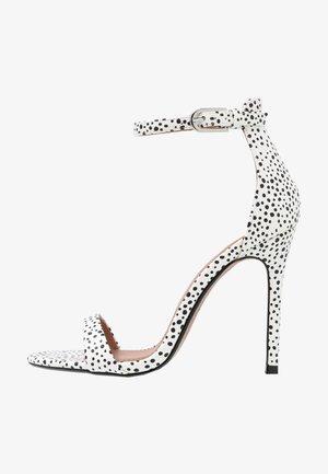 SUSIE 2 PART SKINNY - Højhælede sandaletter / Højhælede sandaler - white